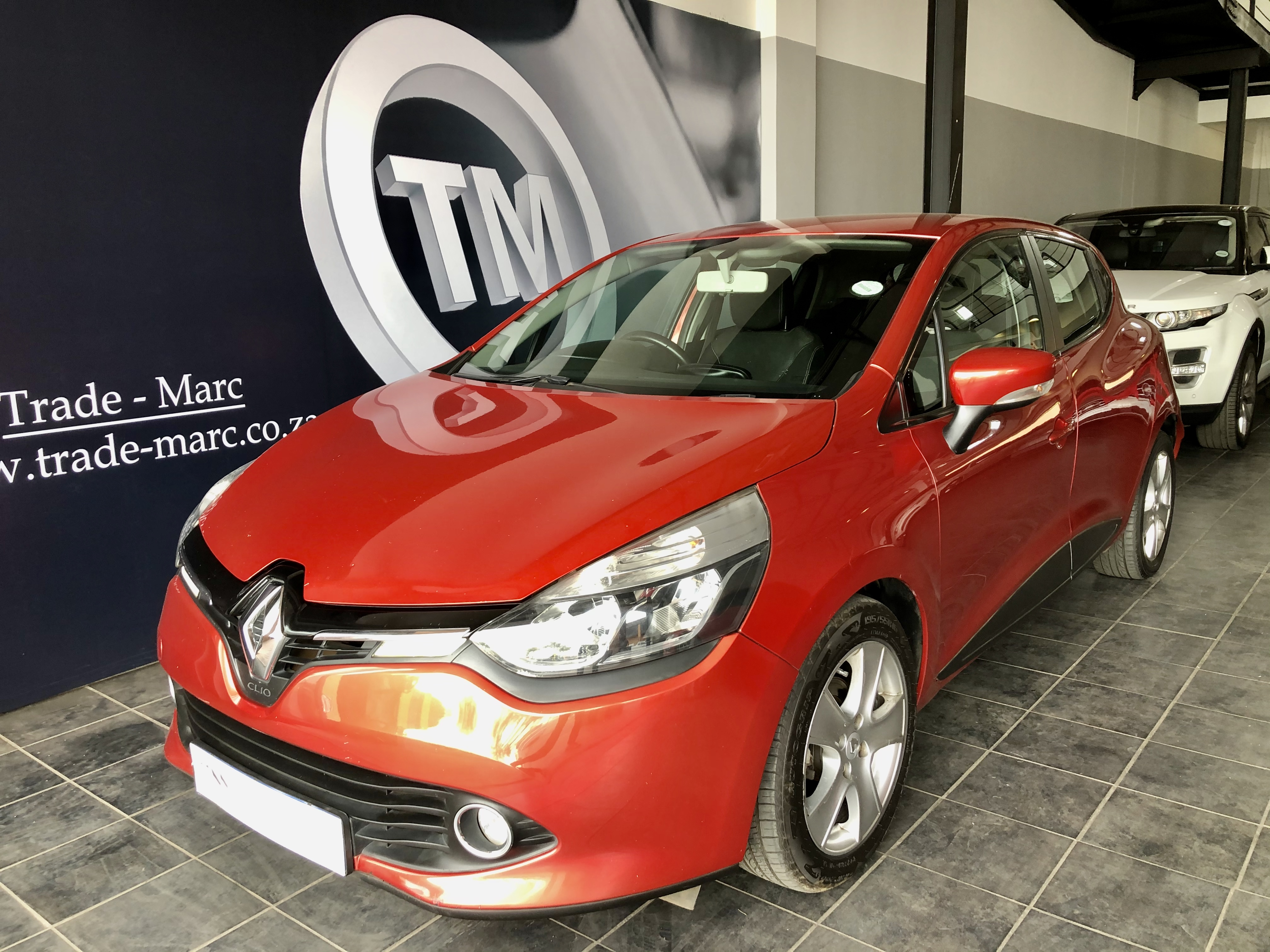 Renault Clio IV 900 T Expression 5Dr